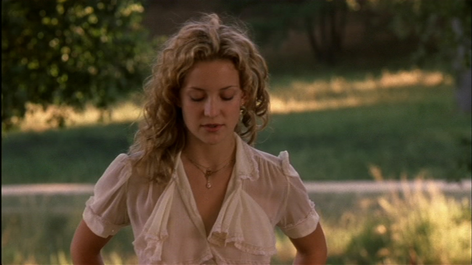 Kate hudson blue dress almost famous